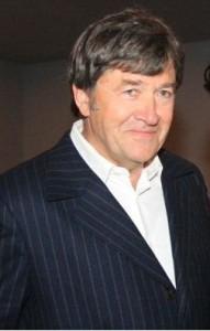 Aleksander Krupa dans LES ACTEURS ole-191x300